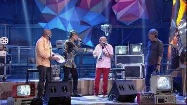Caju e Castanha faz um duelo de improviso com MC Guimê - Dupla e cantor mostram que são afiados na hora de improvisar