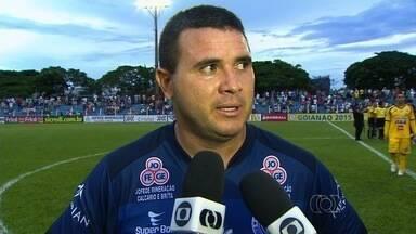 Nonato reclama da arbitragem após jogo contra o Goiás - Atacante do Goianésia lamenta gol anulado e diz que time vem sendo prejudicado.