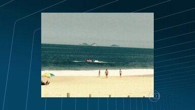 Piloto de moto aquática assusta banhistas em Niterói - A irregularidade aconteceu na Praia de Piratininga, na Região Oceânica de Niterói. O piloto estava a menos de 20 metros da arrebentação. A distância mínima permitida é de 200 metros.