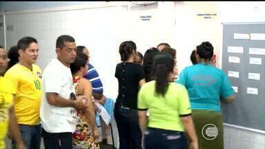 Pacientes reclamam de demora e falta de médicos em hospital de Teresina - Pacientes reclamam de demora e falta de médicos em hospital de Teresina