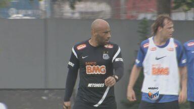 Edinho é anunciado como novo técnico do Mogi Mirim - A negociação com Edson Cholbi do Nascimento foi feita na noite de segunda-feira (13). Atualmente Edinho trabalha no Santos e faz parte da comissão técnica da Vila Belmiro.