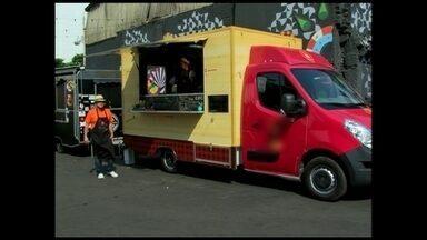 Dispara a procura por veículos para 'food trucks' - Eles conquistaram o mercado de alimentação de rua no Brasil. Os veículos são verdadeiros restaurantes sobre rodas.