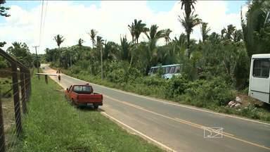 Tentativa de assalto termina em acidente em São Luís - Uma tentativa de assalto a um ônibus na noite de sábado no bairro do Quebra-Pote, terminou com um acidente.