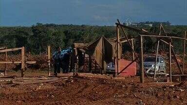 Fazenda no município de Sorriso(MT) foi invadida novamente - Fazenda no município de Sorriso(MT) foi invadida novamente por sem-terra neste sábado