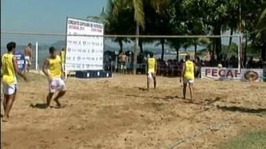 Competição estadual de futevôlei é realizada em praia de Piúma, Sul do ES - Evento reuniu feras do esporte.