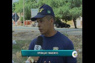 Polícia Rodoviária Federal realiza operação Tiradentes - Para o feriado de 21 de abril, a PRF está de prontidão nas rodovias