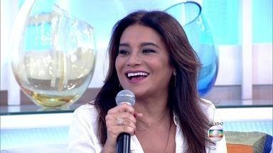 Dira Paes fala sobre gravidez aos 45 anos - Mãe de segunda viagem, a atriz diz que filho mais velho sempre quis um irmão