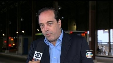 Sistema vai monitorar serviço de ônibus intermunicipais no RJ - O Governo do Rio de Janeiro anunciou um novo sistema de monitoramento de ônibus intermunicipais. Será possível monitorar os horários e a frequência dos ônibus. O sistema também permite controlar o tempo médio de viagens, frequências e itinerários.