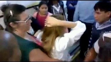 Ameaças e agressões a profissionais de saúde são cada vez mais frequentes em hospitais - Um médico que atende na rede pública de São Paulo conta que já recebeu várias ameaças. O crescimento nos casos de ameaças e agressões preocupa profissionais.
