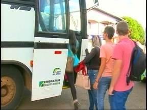 A rotina dos universitários que viajam para estudar - Em São José do Ouro, 3% da população se descola todos os dias para estudar.