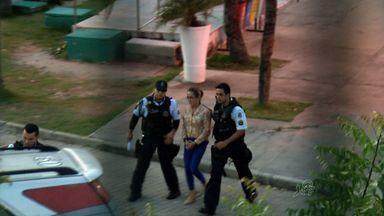 Está presa a mãe acusada de matar o filho autista, de 9 anos, em Fortaleza - Cristiane Coelho também é acusada de tentar matar o marido. Ela responde a processo por assassinato e tentativa de assassinato triplamente qualificados.