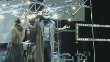 Peça '1 Gaivota - É Impossível Viver sem Teatro' está em cartaz no Sesc Consolação - Espetáculo é uma remontagem de obra clássica do século XIX, de Tcheckov.