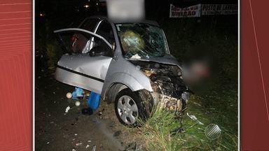 Mulher morre e filha de 13 anos fica gravemente ferida em acidente na BA-046 - O acidente acontece na noite de sexta-feira (15), na cidade baiana de Santo Antônio de Jesus.