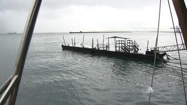 Serviços são suspensos em Salvador por conta das chuvas - A travessia Salvador-Mar Grande, por exemplo, foi suspensa na manhã deste sábado (16).