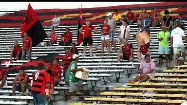 É pequeno o número de torcedores nos estádios do Campeonato Piauiense 2015 - É pequeno o número de torcedores nos estádios do Campeonato Piauiense 2015