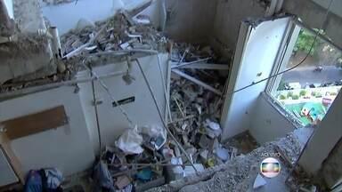 De São Conrado, André Curvello mostra destroços de explosão - Vazamento de gás é causa mais provável da explosão que destruiu apartamento