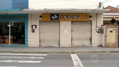 Fechamento de agência dos Correios causa transtornos aos moradores de Itatiaia, RJ - Serviço de entrega de correspondência é considerado essencial.