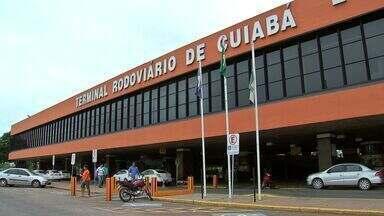 Cobrança pelo serviço de transporte de bagagens na rodoviária de Cuiabá - Voltamos à rodoviária de Cuiabá para saber como está a cobrança pelo serviço de transporte de bagagens. Anteriormente mostramos que o preço era considerado abusivo.