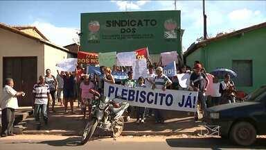 Vereador e dois trabalhadores rurais foram presos suspeitos de participarem de interdição - Um vereador de Senador La Rocque e dois trabalhadores rurais foram presos suspeitos de envolvimento na manifestação organizada pelos moradores do povoado Jenipapo, durante a interdição da MA-122.