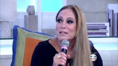 Susana Vieira explica motivo de ter mudado de nome - Atriz que se chama Sônia, adotou o nome da irmã: 'Ela é linda e tem olhos azuis'