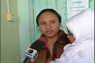 Moradores de Biritiba Mirim reclamam de creche no bairro do Irohy - Segundo os pais das crianças, a própria instituição pediu para os eles não levarem os filhos porque não tem funcionários para cuidar deles.