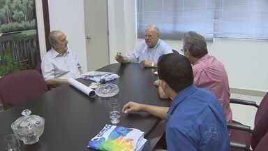 No AM, Borba se prepara para festejos do Dia de Santo Antônio - Bispo da cidade visitou presidente da Rede Amazônica, Phelipe Daou.
