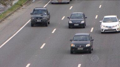Sono ao volante é uma das principais causas de acidentes nas estradas - De 2010 a 2014, o número de mortes em acidentes provocados pelo sono aumentou 30% nas rodovias federais do país. Mais de 1,6 mil pessoas morreram.