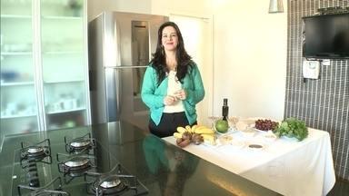Saiba quais são os alimentos fundamentais para ajudar a controlar a tensão pré-menstrual - Nutricionista Karin Honorato lista os alimentos e dá dicas.