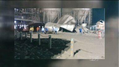 Maranhense morre em acidente no canteiros de obra da usina de Belo Monte - Já foram liberados os corpos dos três operários que morreram no acidente em um dos canteiros de obra da usina de Belo Monte. Entre eles, havia um maranhense. Um dos silos que armazena mil toneladas de cimento desabou durante a operação de descarga de caminhões.