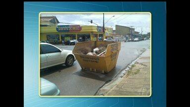 Contêineres são colocados em locais impróprios em Santarém - A colocação de contêineres em ruas podem atrapalhar a visibilidade no trânsito e causar acidentes.