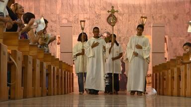 Baianos iniciam as celebrações pelos santos juninos - As comemorações iniciam com a trezena a Santo Antônio, comemorado no dia 13 de junho.