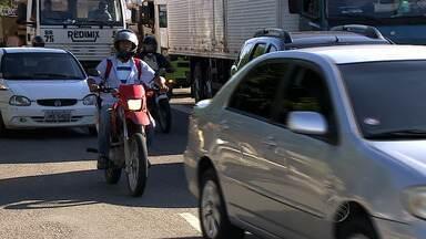 Especialista fala sobre as mais improváveis infrações de trânsito - Especialista fala sobre as mais improváveis infrações de trânsito.
