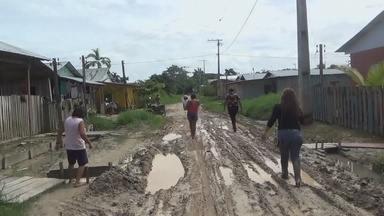 Em Tabatinga, no AM, moradores reclamam da falta de infraestrutura em ruas - População relata falta pavimentação asfáltica, saneamento básico, iluminação pública, água potável e atrasos em obras de uma creche e unidade básica.Segundo moradores, ruas nunca foram asfaltadas.