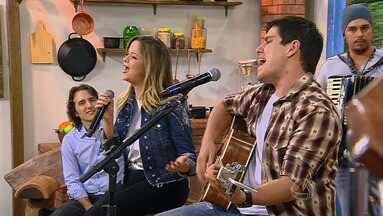 Maria Cecília e Rodolfo cantou 'Deixa eu fazer outra vez' no Meu MS - Maria Cecília e Rodolfo cantou 'Deixa eu fazer outra vez' no Meu MS