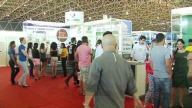 Feira de Imóveis vai até este domingo em Maringá - Evento reúne ofertas e opções de crédito