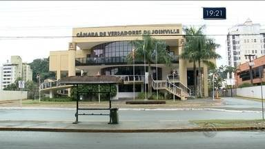 Câmara de Joinville vai abrir processo para investigar denúncia de diplomas falsos - Câmara de Joinville vai abrir processo para investigar denúncia de diplomas falsos