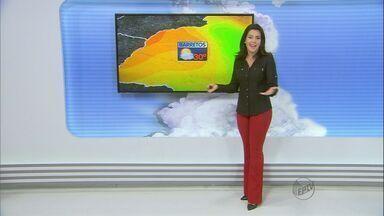 Confira a previsão do tempo para quarta-feira (17) na região - Por causa do frio, nevoeiro deve aparecer pela manhã.
