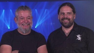 """""""A gente faz música com o coração"""", diz a banda Sepultura - Integrantes da banda contam a trajetória de sucesso do grupo e mostra o espírito livre e aberto da banda."""