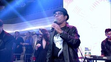 Elymar Santos abre o Encontro com 'Pôxa' - Cantor completa 30 anos de carreira
