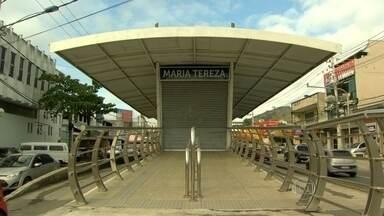 Estação do BRT Transoeste nunca foi aberta aos passageiros - A estação Maria Thereza, em Campo Grande está pronta desde 2012, mas não foi inaugurada. Moradores da região reclamam do serviço que ainda não é oferecido.