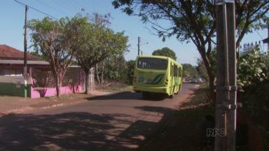 Depois do sorteio a redação móvel foi ao Jardim Colombelli - Conheceu alguns moradores e problemas do bairro.