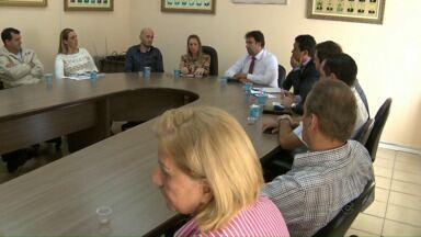 Reunião é realizada para cobrar providências da Secretaria de Educação - O problema mais grave, é a falta de vagas.