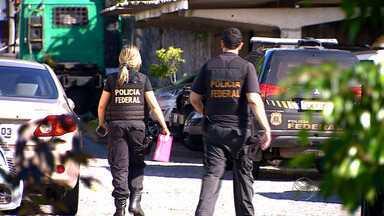 Operação prende 13 pessoas por extermínio, tráfico e venda de armas - Operação prende 13 pessoas por extermínio, tráfico e venda de armas.