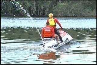 Marinha e Bombeiros procuram pescador desaparecido em São João da Barra, no RJ - Homem está desaparecido há cinco dias.