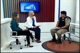 Veja balanço da Polícia Militar sobre ocorrências do fim de semana em Divinópolis - Um homem de 24 anos foi preso suspeito de arrombar uma peixaria no Bairro São José. Tenente Marcelo Oliveira falou ao MGTV sobre atendimento das ocorrências.