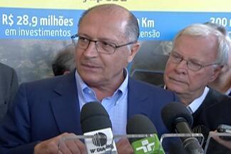Geraldo Alckmin inaugura interligação entre Rio Guaió e a Represa de Taiaçupeba - Obra custou R$ 28 milhões e deve aumentar nível do Sistema Alto Tietê.