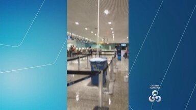 Vídeo mostra vazamento no teto do aeroporto de Manaus - Imagens foram registradas nesta segunda-feira (29).