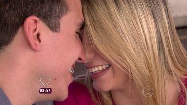 Já pensou em conhecer seu grande amor no trem? Isso aconteceu com Bruno e Danielle - A repórter Talitha Morete foi conhecer melhor essa história de amor