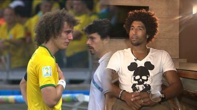 Alemanha 7 x 1 Brasil: Zagueiro Dante relemba o dia histórico para o futebol brasileiro - Nesta quarta (8) faz um ano que o Brasil tomou uma das maiores goleadas da história. A entrevista completa vai ao ar a partir das 12h45, no Globo Esporte.