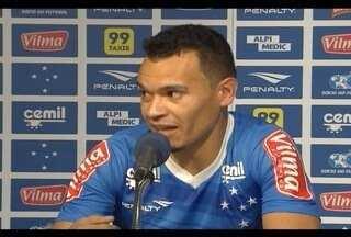 Ceará deve ficar na lateral-direita no jogo do Cruzeiro contra o Avaí - Partida será neste domingo no Mineirão.
